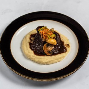 Beef Cheeks with Red Wine Sauce